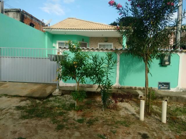 Casa com excelente localização composta por 3 quartos - Foto 2