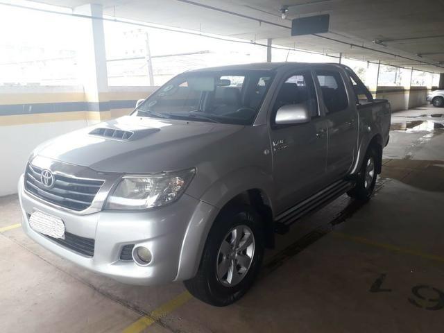 Toyota Hilux CD 4x4 3.0 Prata