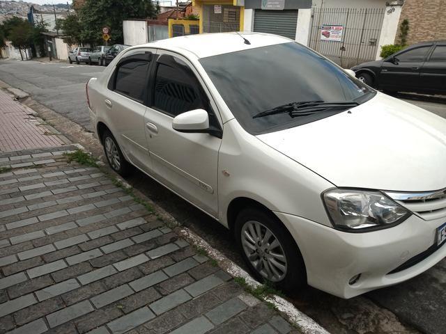 Etios sedan 1.5 xls 2014 - Foto 2