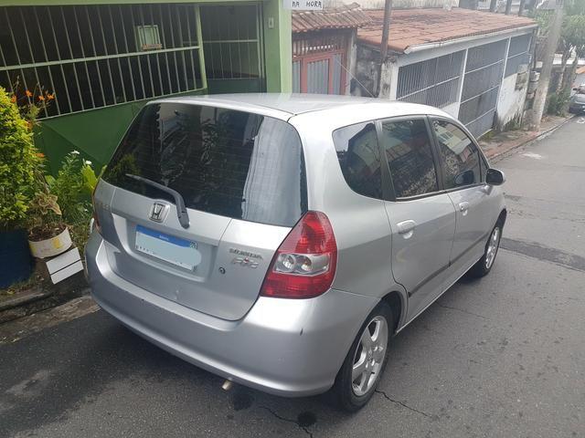 Vendo Honda fit automático - Foto 6