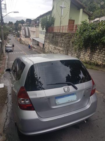 Vendo Honda fit automático - Foto 5