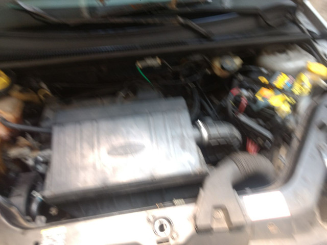 Ford Fiesta sedan ano 2005 - Foto 2