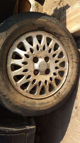 Vendo ou troco essas rodas do vectra - Foto 3