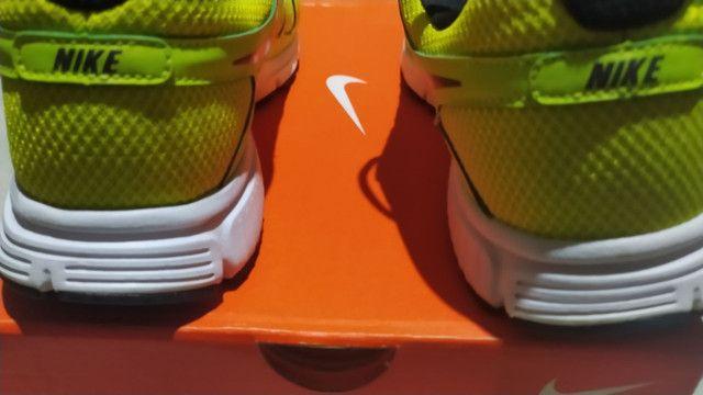 Par de tênis Nike original de fabrica (novo)