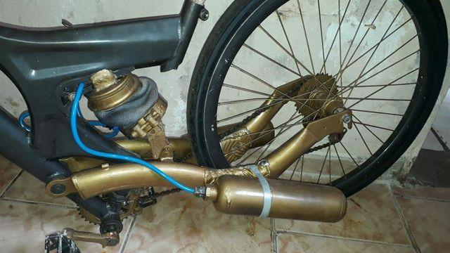 Bike Aro 26 com suspensão a ar - Foto 4