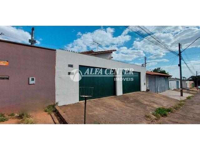 Casa com 3 dormitórios à venda, 240 m² por R$ 360.000,00 - Residencial Sonho Dourado - Goi