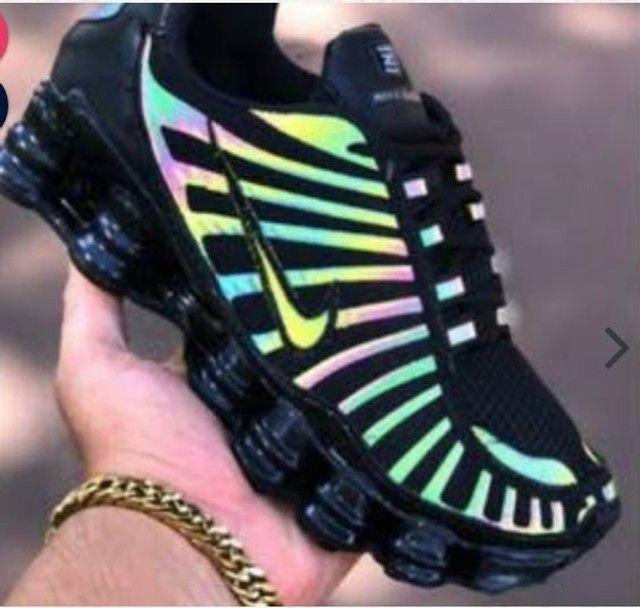 Tênis Nike Shox 12 Molas Camaleão  - Foto 4