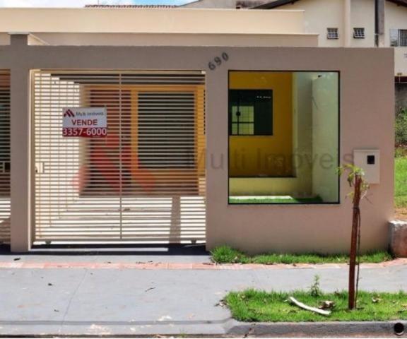 Mi 11 casa geminada nova e moderna londrina mcmv for Casa moderna 11