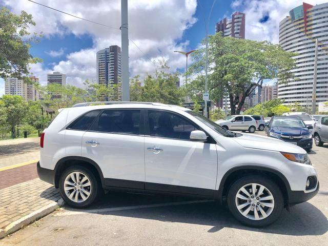 Kia SORENTO 2012 AUTOMÁTICA, COM APENAS 52.000 KMS RODADOS, ÚNICO DONO, ESTADO DE ZERO KM! - Foto 2