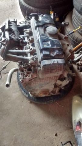 Motor Peugeot 1.4 flex e caixa de marcha