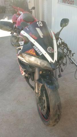 Moto Para Retirada De Peças / Sucata Yamaha Yzf R1 Ano 2005 - Foto 4