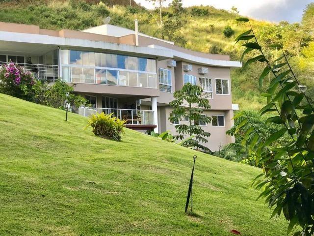 3092 - Casa de Luxo em Condomínio Fechado em Domingos Martins/ES