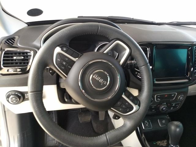 Jeep Compass Limited 9 mil km financio - Foto 4