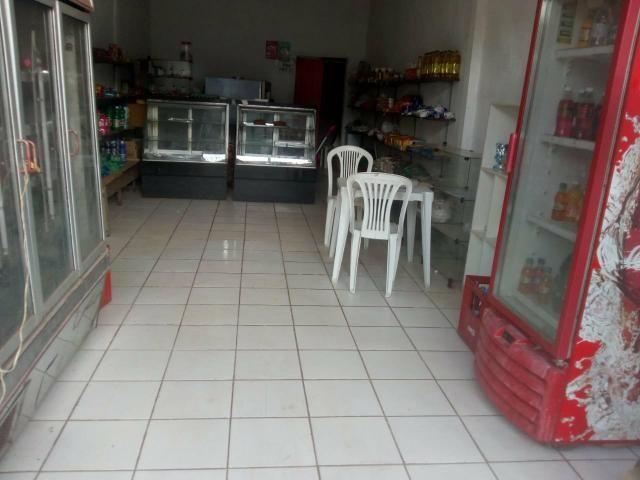 Casa Sobrado ponto comercial, pague pacelado - Foto 2