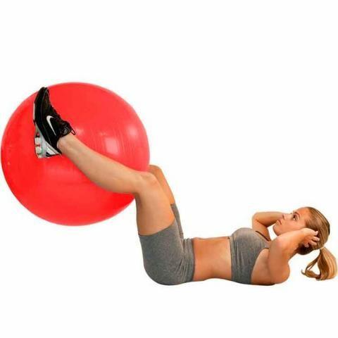 Bola Suiça p  Pilates 45cm Vermelha - Premium - Ref.  Ls3221 45 Pr - Liveup f65ce6dfa88eb