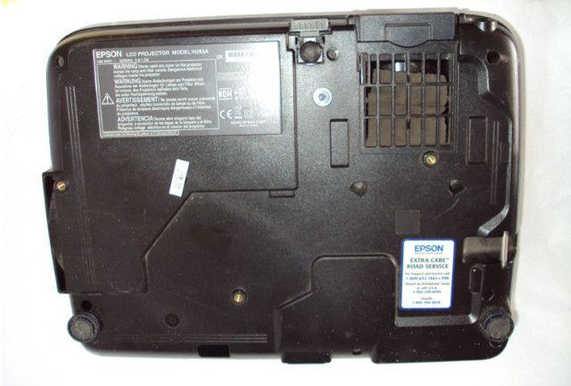 Projetor Epson S6+ lampada com projeção borrada - Foto 3