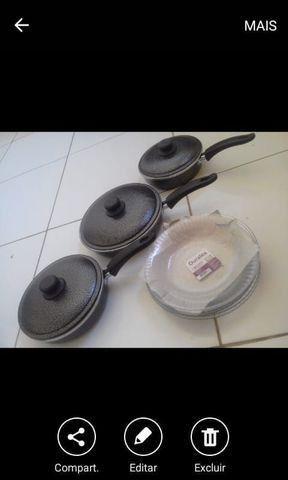 Frigideiras e pratos