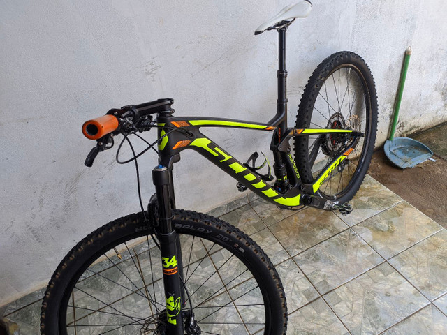 Scott Spark 930 Tamanho S // FOX // GX 12v