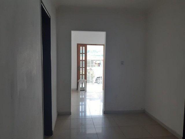 Belíssima Casa Espaçosa Com Cobertura 3 Vagas - Foto 8