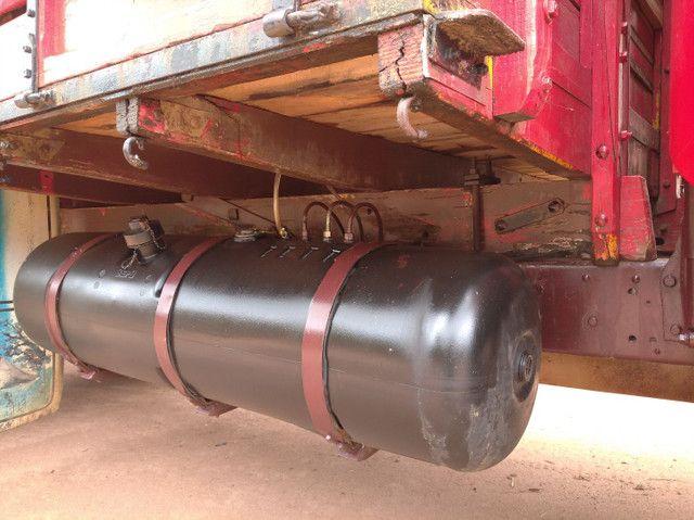 Caminhão boiadeiro - Foto 6