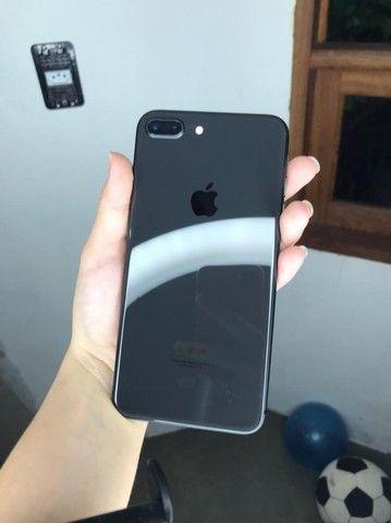 iPhone 8 Plus 64 gb com garantia  - Foto 2