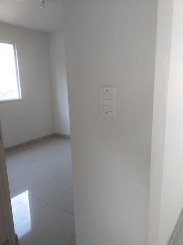 Vende-se! Apto 2 quartos, varanda, 1 vaga livre coberta. Bairro Fernão Dias/Pirajá. - Foto 9