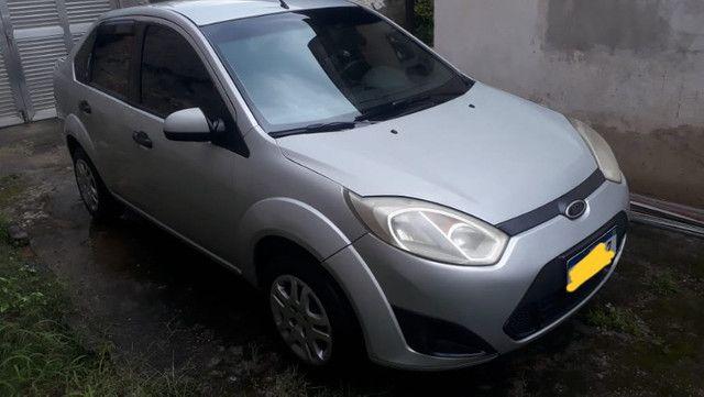 Fiesta sedan 1.6 prata 2011/2012 com Gnv - em perfeito estado - Foto 2