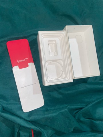 Vende-se caixa de iPhone 11 - Foto 3