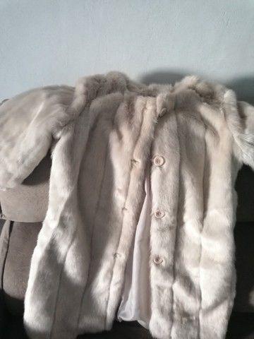 Vendo um lindo casaco coisa fina  - Foto 3