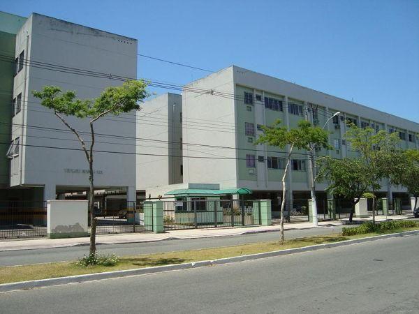 Apartamento  com 2 quartos no ED. VERDES MARES - Bairro Jardim Camburi em Vitória