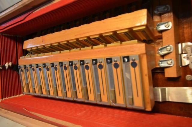 Acordeon accordiola, 120 baixos, mod piano v grand luxe 5ª/5ª voz duplo cassotto - Foto 4