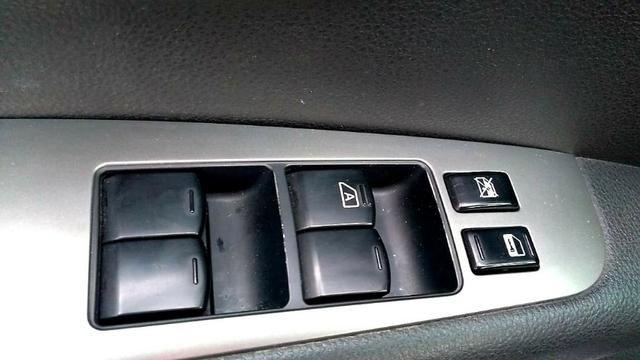 Livina SL Xgear Automática 2011 - Foto 17