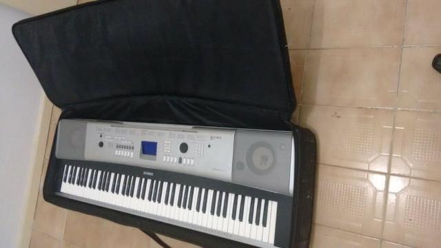 teclado piano digital yamaha dgx 520 instrumentos musicais cabula salvador 584245334 olx. Black Bedroom Furniture Sets. Home Design Ideas