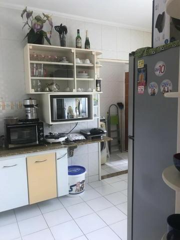 100% Mobiliado Cond. Dalva Toledo Casa Duplex 230m² c/ 04suítes no PQ das Laranjeiras - Foto 13