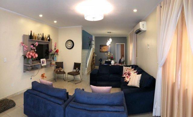 100% Mobiliado Cond. Dalva Toledo Casa Duplex 230m² c/ 04suítes no PQ das Laranjeiras - Foto 6