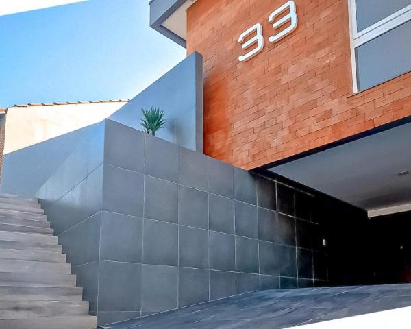 Casa com 3 dormitórios à venda, 190 m² por R$ 850.000,00 - Centro - Gravataí/RS - Foto 2