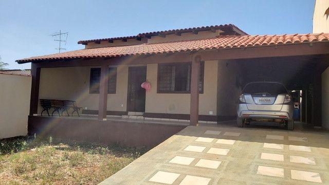 Samuel Pereira oferece: Casa na Laje Rua sem Saída Churrasqueira Armários 3 quartos - Foto 2