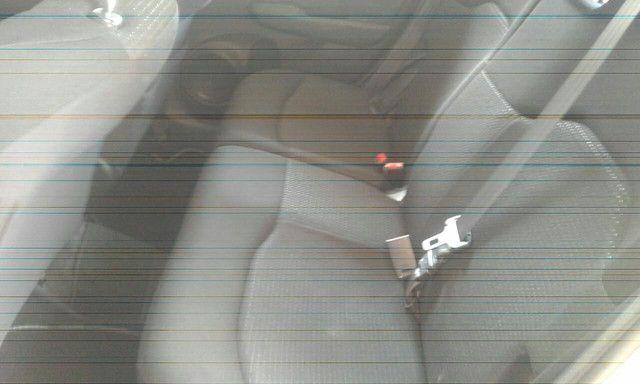 HONDA FIT LXL 1.4  FLEX 09/10 R $ 28.700 - Foto 7