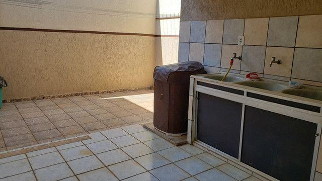 Samuel Pereira oferece: Casa na Laje Rua sem Saída Churrasqueira Armários 3 quartos - Foto 13