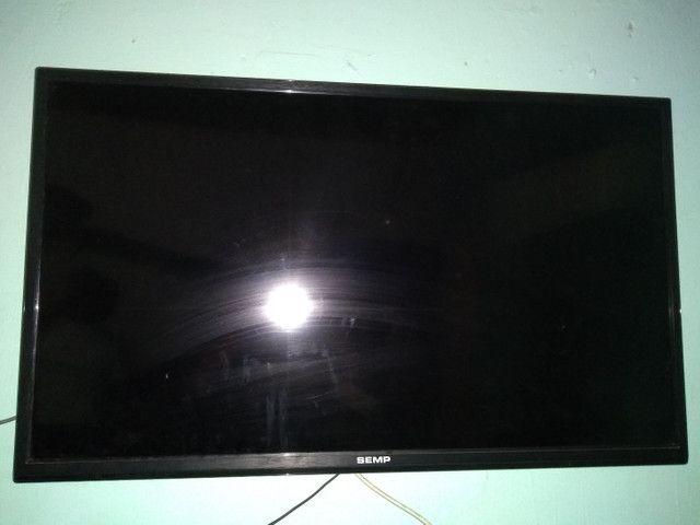 TV - Semp de 43 polegadas.
