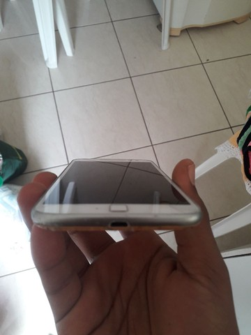 MOTO G4 PLUS 32GB + 3 DE RAM APENAS COM UM TRINCADO QUE NÃO APARECE NA FOTO - Foto 4