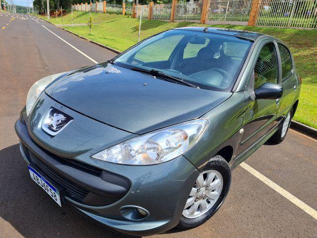 Peugeot 207 1.4 top de linha