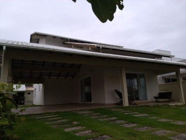 Casa na praia por dia, c/ piscina c/ 3 suítes c/ ar e próximo ao Beto Carrero