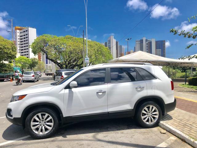 Kia SORENTO 2012 AUTOMÁTICA, COM APENAS 52.000 KMS RODADOS, ÚNICO DONO, ESTADO DE ZERO KM! - Foto 3