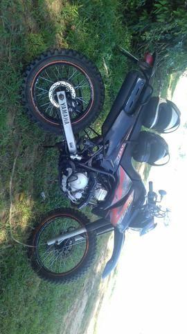 Vendo moto lander250
