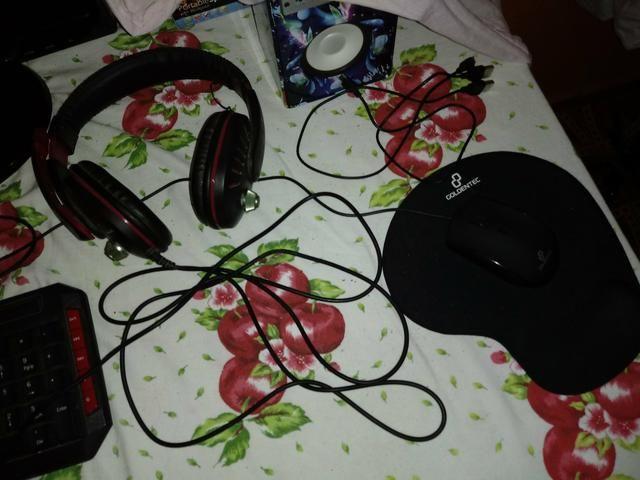 Kit da goldentec teclado, mouse, mouse pad e headset