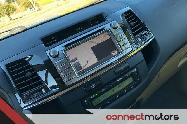 Toyota Hilux SW4 SRV 3.0 TDI Automático - 2014 - Foto 14