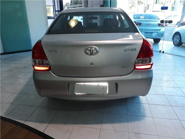 Toyota Etios 1.5 x sedan 16v flex 4p manual - Foto 3