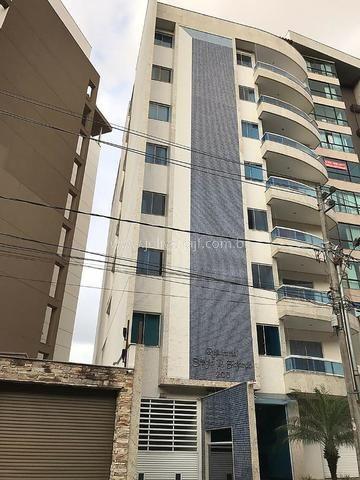 J2 - Excelente apartamento de 4 quartos, Elevador, slão de festas - Cascatinha