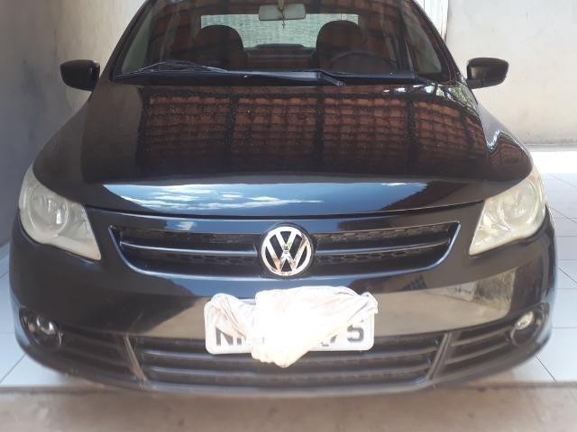 Vendo carro Voyage trend 1.6completo 2010 quitado em dias sem nenhuma restrição - Foto 2